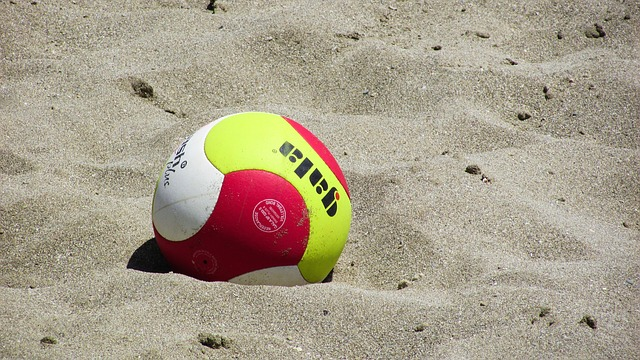 beach-volley-1538932_640